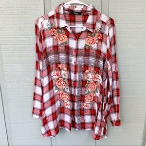 • Andree Embroidered Rose Plaid Flannel Top A3